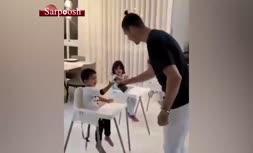 فیلم/ آموزش ضدعفونی کردن دست توسط کریستیانو رونالدو به فرزندانش