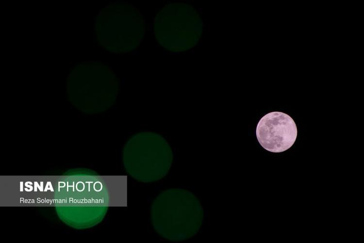 تصاویر اولین و بزرگترین اَبرماه سال ۹۹,عکس های اولین و بزرگترین اَبرماه سال ۹۹,تصاویر ماه