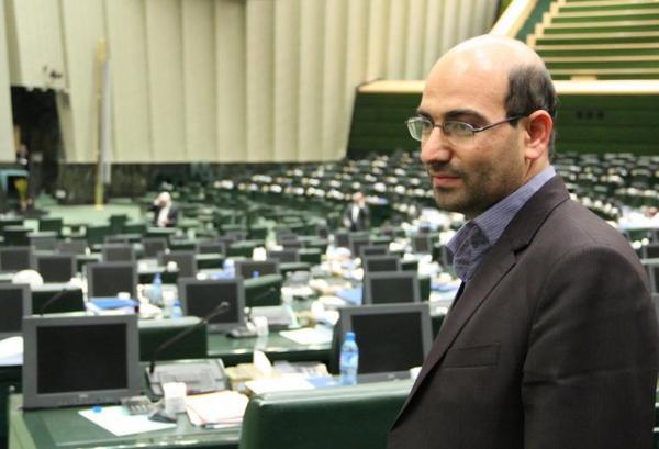 نماینده مجلس: گرانیها مردم را کلافه کرده است