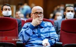 تصاویر اولین جلسه رسیدگی به اتهامات اکبر طبری,عکس های دادگاه اکبر طبری,تصاویری از دادگاه اکبر طبری