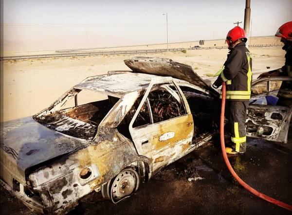 آتش گرفتن خودرو حامل افغان ها در یزد,اخبار حوادث,خبرهای حوادث,حوادث