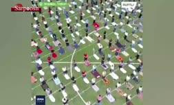 فیلم/ برگزاری نماز در یکی از استادیومهای ورزشی استانبول