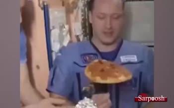 فیلم/ جشن پیتزا در ایستگاه فضایی بینالمللی!