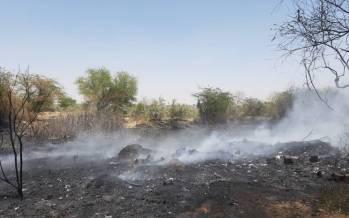 تصاویر آتشسوزی مهیب در انبار ضایعات در اهواز,عکس های آتش گرفتن انبار ضایعات در اهواز,تصاویری از انبار ضایعات در اهواز در آتش