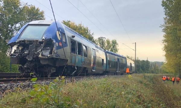 برخورد دو قطار در جمهوری چک,اخبار حوادث,خبرهای حوادث,حوادث