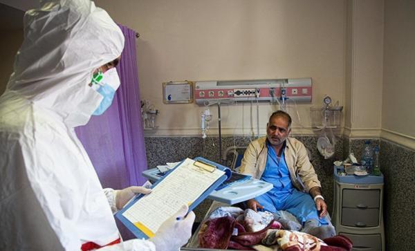 سیر صعودی مبتلایان به کرونا در فارس/ زنگ خطر در کاشان با ابتلای روزانه ۳۲ نفر