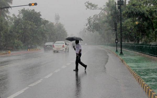 بارش بارانهای سیل آسا و صاعقههای سهمگین در هند,اخبار حوادث,خبرهای حوادث,حوادث طبیعی