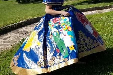 طراحی یک لباس با ایده کرونا/ دختر ۱۸ ساله به شهرت جهانی رسید