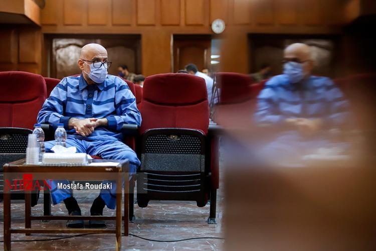 تصاویر هفتمین جلسه رسیدگی به اتهامات اکبر طبری,عکس های دادگاه هفتم اکبر طبری,تصاویر هفتمین دادگاه اکبر طبری