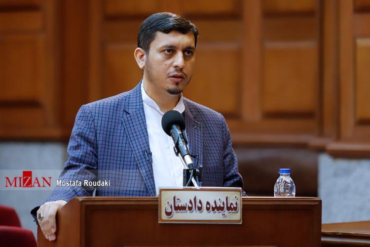 تصاویر نهمین جلسه رسیدگی به اتهامات اکبر طبری,عکس های دادگاه نهم اکبر طبری,تصاویر نهمین دادگاه اکبر طبری