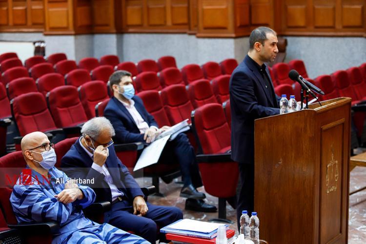 تصاویر یازدهمین جلسه رسیدگی به اتهامات اکبر طبری,عکس های جلسه یازدهم دادگاه اکبر طبری,تصاویر از دادگاه اکبر طبری