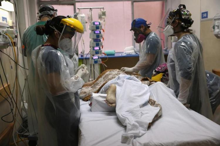 تصاویر مرگ و زندگی درآیسییو های جهان,عکس های آی سی یو ها در شرایط کرونا,تصاویری از ICU های جهان