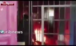 فیلم/ آتش زدن زندانی در بولیوی به علت شیوع کرونا