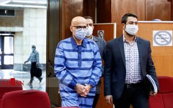تصاویر ششمین جلسه رسیدگی به اتهامات اکبر طبری,عکس های دادگاه ششم اکبر طبری,تصاویر ششمین دادگاه اکبر طبری