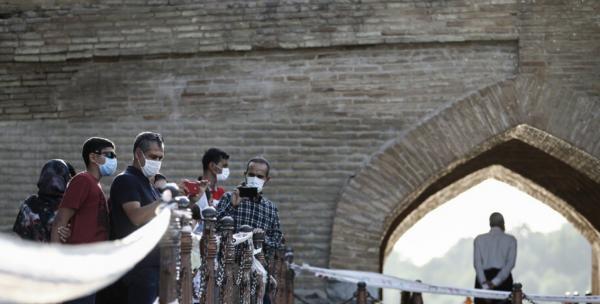 ممنوعیت تردد در دهانههای زیرین سی و سه پل اصفهان
