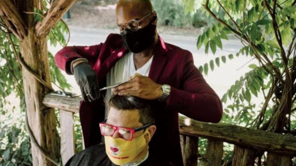 ایده جالب آرایشگر دورهگرد نیویورک در دوران کرونا