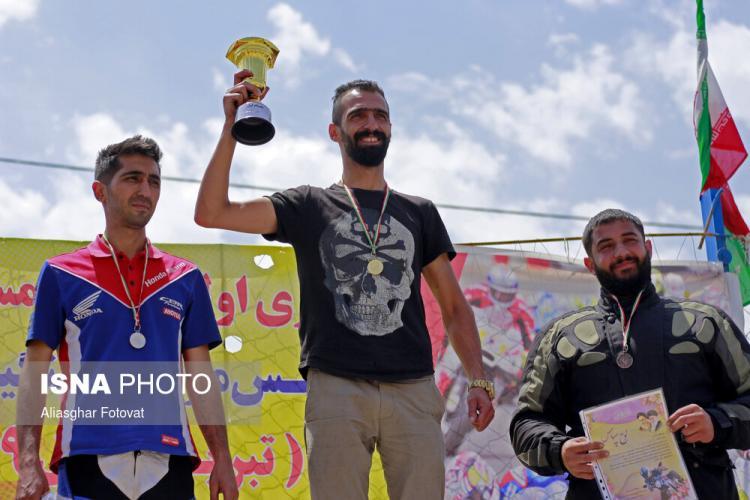 تصاویر اولین دوره مسابقات موتور ریس در تبریز,عکس های موتور ریس در تبریز,تصاویر مسابقات موتورسواری در تبریز