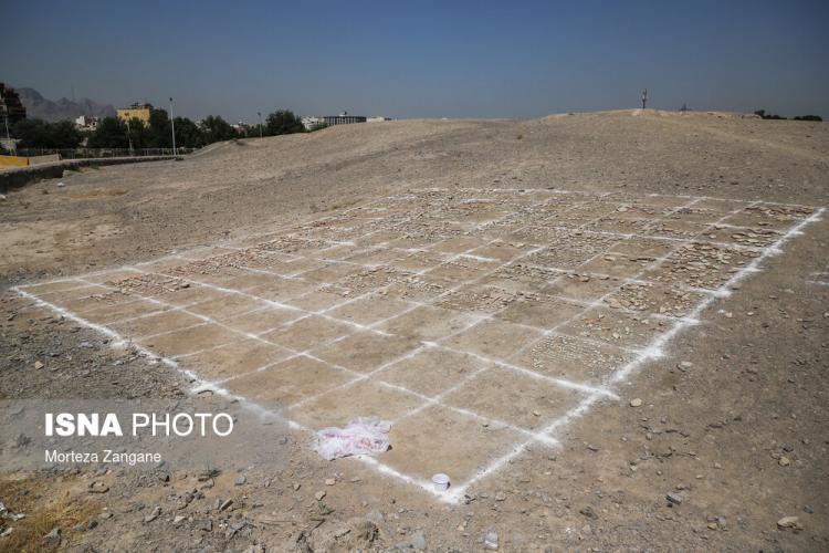 تصاویر کشف اسکلت دوره اشکانی در تپه اشرف اصفهان,عکس های اسکلت دوره اشکانی در تپه اشرف اصفهان,تصاویر اسکلت یک زن متعلق به دوره اشکانیان