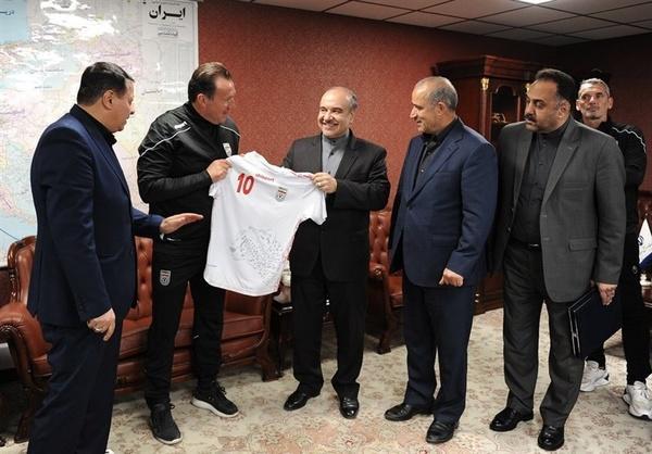 فوتبال ایران در آستانه تعلیق؟/ واکنش فدراسیون فوتبال به نامه فیفا و AFC