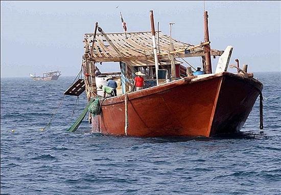 شلیک مرگبارِ گارد ساحلی امارات به لنج ایرانی/ جزئیاتی از قتل ۲ صیاد ایرانی به وسیله امارات