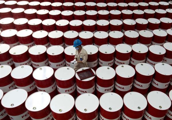 کاهش قیمت نفت در بازارهای جهانی,اخبار اقتصادی,خبرهای اقتصادی,نفت و انرژی