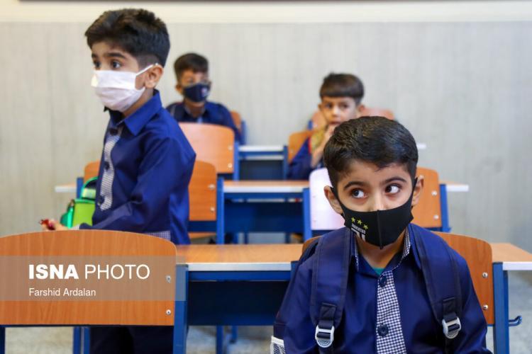 تصاویر آغاز سال تحصیلی جدید در شرایط کرونا,عکس های سال تحصیلی جدید,تصاویر سال جدید تحصیلی در ایران