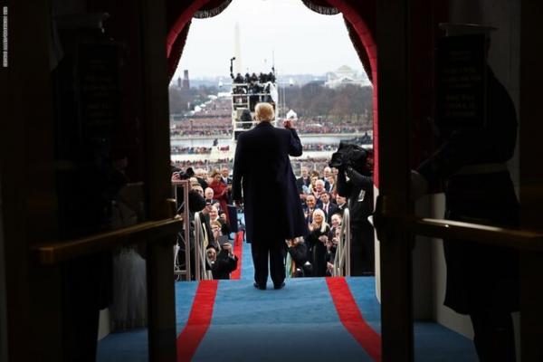 رئیس جمهور آمریکا در یک تجمع انتخاباتی,اخبار سیاسی,خبرهای سیاسی,اخبار بین الملل