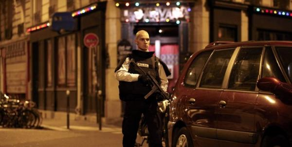 حمله با چاقو در پاریس,اخبار سیاسی,خبرهای سیاسی,اخبار بین الملل
