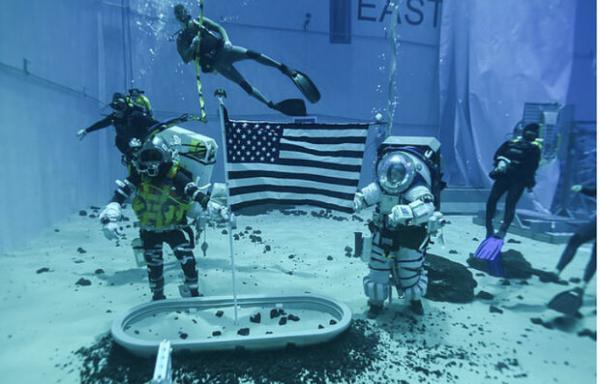 لباس فضانوردی زیر آب,اخبار علمی,خبرهای علمی,نجوم و فضا