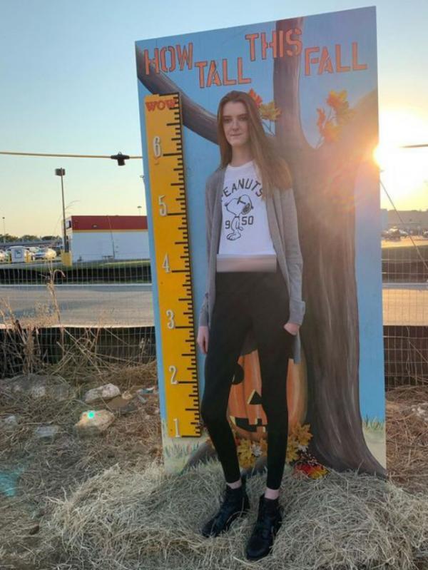 دختری با بلندترین پاهای جهان,اخبار جالب,خبرهای جالب,خواندنی ها و دیدنی ها