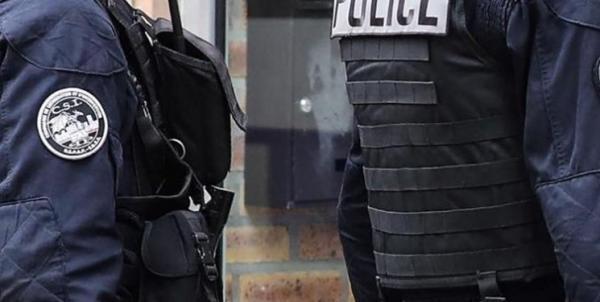 حمله مهاجم ناشناس با چاقو در فرانسه,اخبار سیاسی,خبرهای سیاسی,اخبار بین الملل
