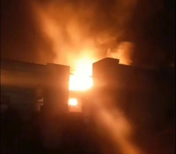 آتشسوزی گسترده در کارخانه لبنیاتی میهن اسلامشهر,اخبار حوادث,خبرهای حوادث,حوادث امروز