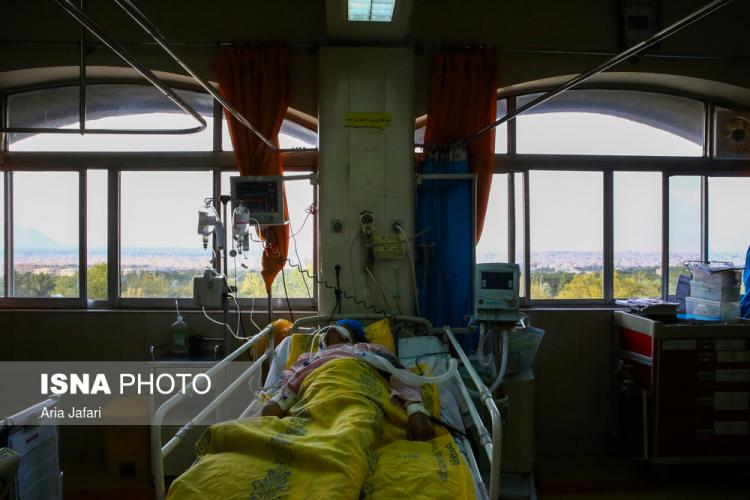 تصاویر وضعیت بیماران کرونایی در اصفهان,تصاویر بیماران کرونایی اصفهان,تصاویر وضعیت حاد کرونا در بیمارستان الزهرا (س) اصفهان