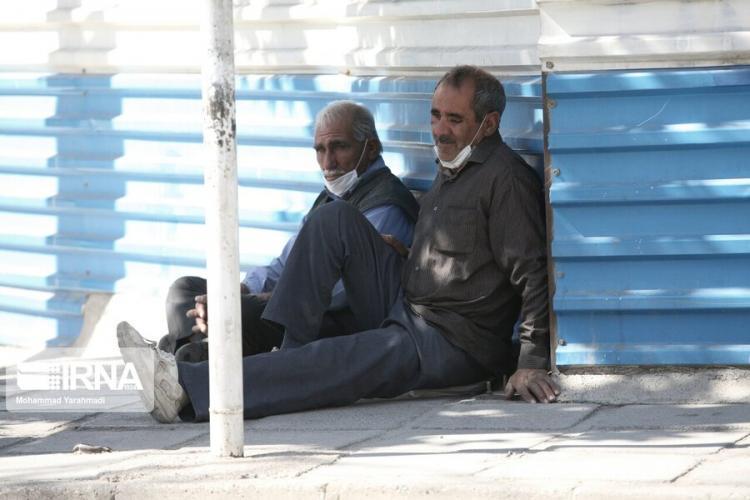 تصاویر روزگار کرونازده کارگران فصلی در خرمآباد,عکس های وضعیت کارگران در روزهای کرونای,تصاویری از کارگران در شرایط کرونا