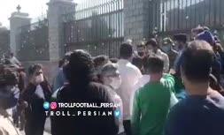 فیلم/ تجمع دوباره هواداران استقلال مقابل مجلس و شعار علیه وزیر ورزش