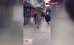 فیلم/ واکنش مردم به حضور دایناسور در خیابان!