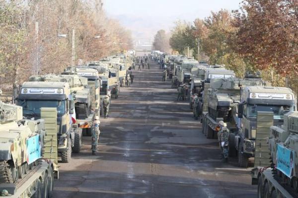 اعزام تعدادی از تجهیزات زرهی به مناطق مرزی شمال غرب کشور/ نیروی زمینی ارتش: برای امنیت و آسایش ملت در میدان حضور خواهیم یافت