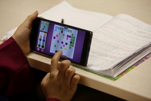 اجاره ساعتی گوشی و تبلت برای درس خواندن,نهاد های آموزشی,اخبار آموزش و پرورش,خبرهای آموزش و پرورش