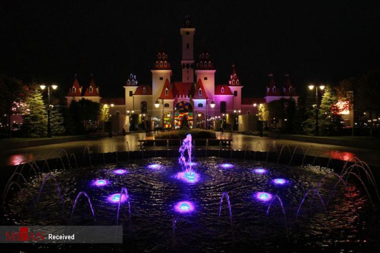 تصاویر هالووین در پارک جزیره آرزو مسکو,عکس های مراسم هالووین در روسیه,تصاویر پارک جزیره آرزو