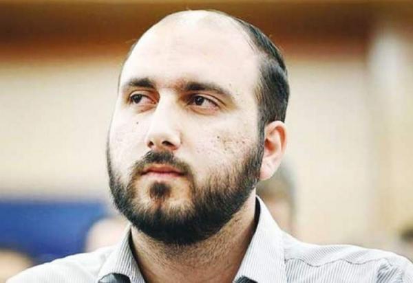 اختلاف عادل فردوسی پور و علی فروغی