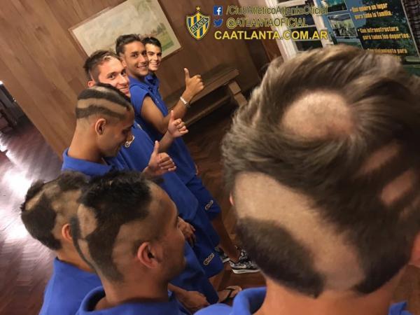 عجیب ترین مدل موهای تاریخ فوتبال در مکزیک