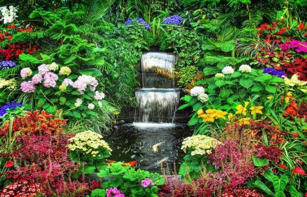 زیباترین باغ دنیا با گل های طبیعی در کانادا/ تصاویر