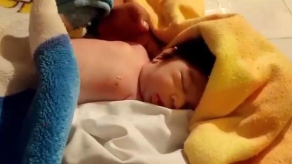نوزاد دو ماهه آبدانانی