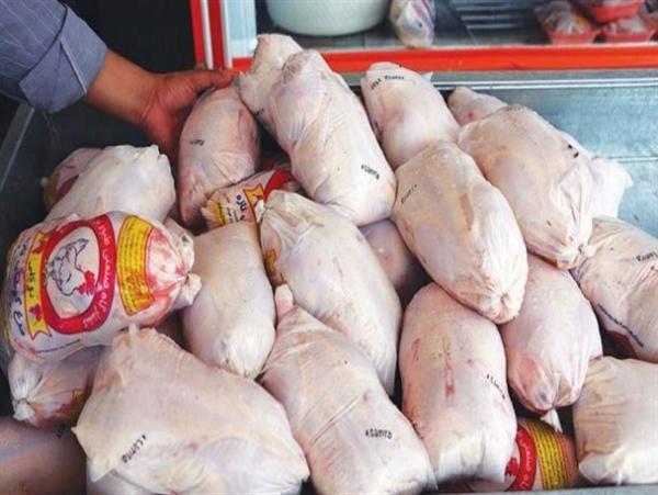 قیمت هر کیلوگرم مرغ در مازندران به ۳۳ هزار تومان رسید/ فاصله ۱۲ هزار تومانی قیمت مرغ از نرخ مصوب تا بازار!