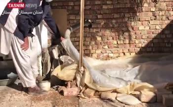 فیلم؛ بحران آب در شرق سیستان و بلوچستان / ۳۰ هزار نفر در حومه شهر سراوان جیرهبندی آب دارند