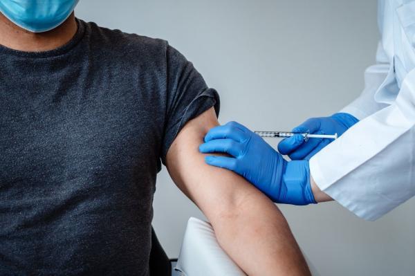 واکنش آلرژیک واکسن کرونا,آلرژی به واکسن کرونا