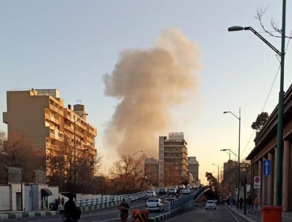 آتش سوزی گسترده در خیابان شوش تهران