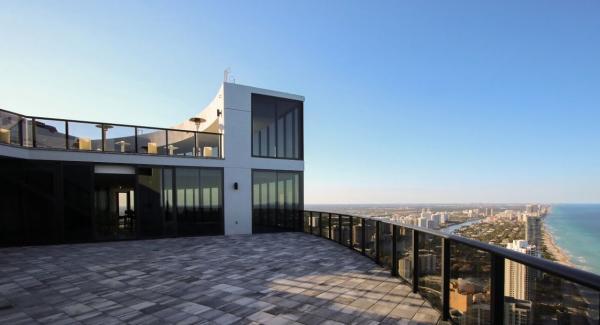 آپارتمان زیبا و لاکچری لیونل مسی در میامی آمریکا,خانه لیونل مسی در آمریکا
