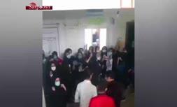 فیلم/ تجمع دانش آموزان ایذه در اعتراض به برگزاری امتحان حضوری