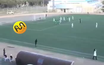 فیلم/ حاشیه عجیب از لیگ برتر فوتبال بانوان!